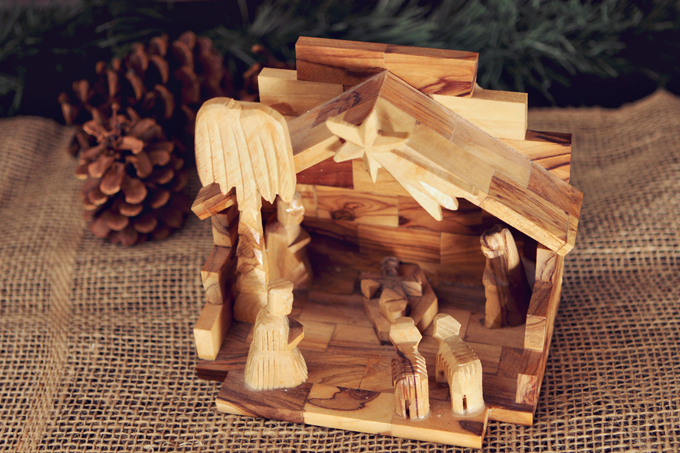 Wood Nativity Scene Family Heirloom