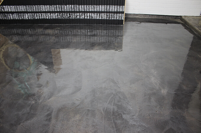 garage floor coating with rust-oleum rocksolid