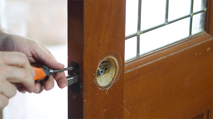 Install a Smart Wireless Door Lock