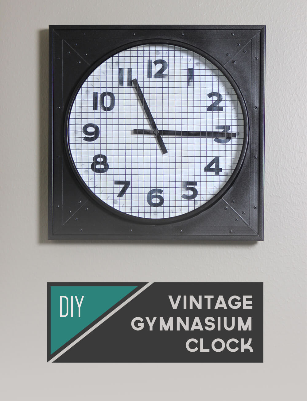 DIY Vintage Gymnasium Clock