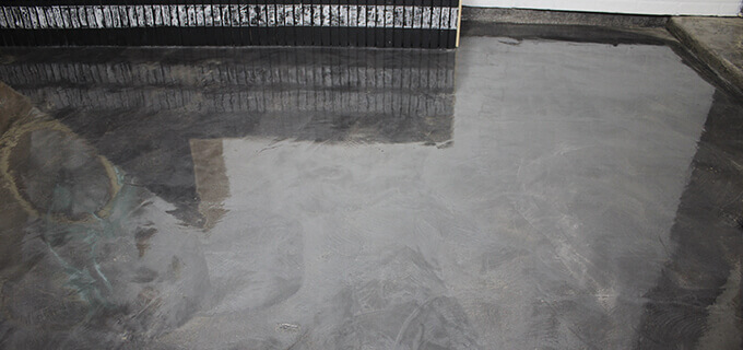 CONCRETE FLOOR COATING WITH RUST-OLEUM ROCKSOLID